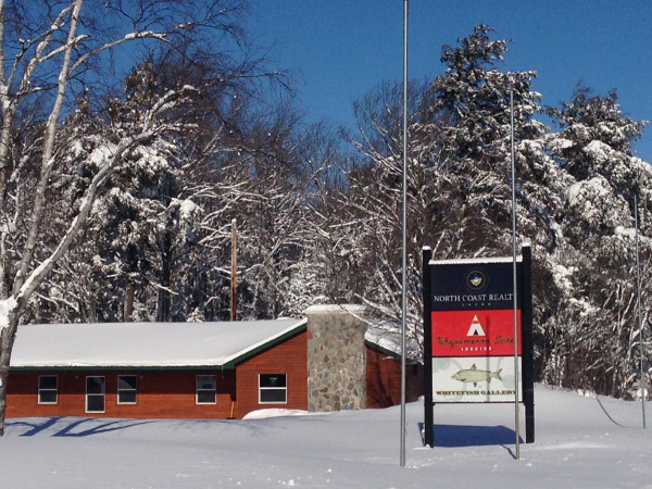Lodging paradise area chamber of commerce Cabins near tahquamenon falls